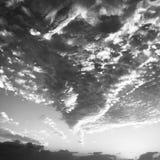 Sunsrt himmel ovanför den Destin stranden Royaltyfri Foto