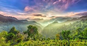 Sunstar在口岸Suoi Giang,安沛市的早晨太阳 图库摄影