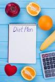 Sunt äta, banta, banta och viktförlustbegrepp royaltyfria foton