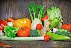 Sunt banta - att äta sund mat arkivfoto