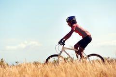 Sunt cykla för livsstil royaltyfria foton