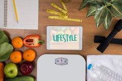 Sunt för äta för livsstilonline-webpage kallt investerar sund mat Arkivfoton