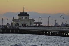 Suntset на пристани St Kilda Стоковое Фото