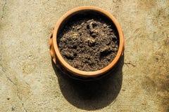 Suolo in vaso da fiori Fotografia Stock Libera da Diritti
