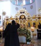 Suore nella chiesa dell'ascensione, supporto dal monte degli Ulivi, Gerusalemme, Israele immagine stock libera da diritti