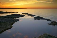 supérieur de coucher du soleil de lac Photos libres de droits