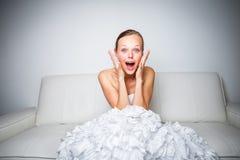 Super aufgeregte herrliche Braut stockfotos