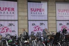 SUPER BAZAARverkoop Stock Foto