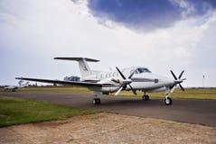 super beechcraft lotniczy królewiątko b200 Obrazy Royalty Free