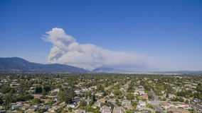 Super big fire happen around San Gabriel Mountains, Los Angeles,. U.S.A. on JUNE 20, 2016 Royalty Free Stock Photography