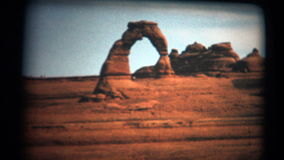 (Super Film 8) Gevoelig de Boogmonument 1966 van Utah stock footage