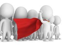 Super héroe valiente con la capa roja ante una muchedumbre Imagenes de archivo