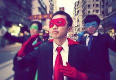 Super héroes asiáticos de los hombres de negocios Imágenes de archivo libres de regalías