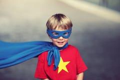 Super-herói pequeno Fotografia de Stock Royalty Free