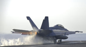 Free Super Hornet Catapult Shot Royalty Free Stock Photo - 2563765