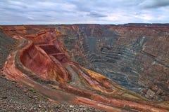 Super jamy otwarta rżnięta kopalnia złota w Kalgoorlie, zachodnia australia fotografia royalty free