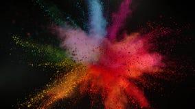 Super langzame motie van gekleurde die poederexplosie op zwarte achtergrond wordt geïsoleerd stock footage