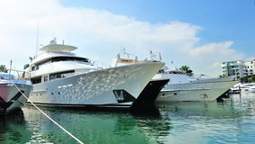 Super luxury yachts at Singapore Yacht Show 2012 Stock Images