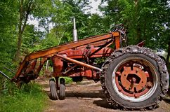 Super M Farmall with a front end loader