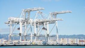 Super Postpanamax-kranen bij de Haven van Oakland Stock Foto's