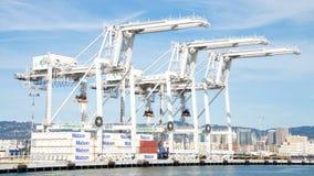 Super Postpanamax-kranen bij de Haven van Oakland Stock Afbeelding