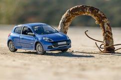 Super snelle auto die pothole overgaan Royalty-vrije Stock Fotografie