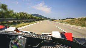 Super snelle rit in convertibele sportscar Royalty-vrije Stock Afbeelding