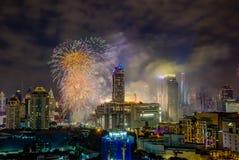 Super Sonic Firework Celebration toont op January1,2018 tijdens de Aftelprocedure 2018 van Bangkok bij CentralWorld-Vierkant, Rat Stock Afbeelding