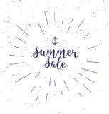Super verkoop - het met de hand geschreven van letters voorzien, kalligrafische uitdrukking op witte achtergrond met zonnestraal  Stock Afbeelding