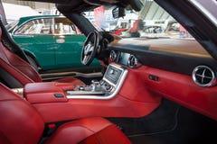 supercar奔驰车SLS AMG 6,3小轿车客舱, 2010年 免版税图库摄影