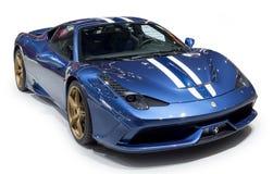 Supercar del azul de Ferrari imágenes de archivo libres de regalías