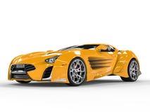 Supercar - glansig gul målarfärg Arkivfoton