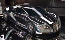 Supercar italiano Bugatti Veyron eb 16 4 al museo di Volkswagen Autostadt fotografia stock