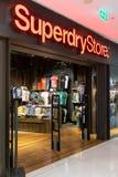 Superdry sklep przy Emquatier, Bangkok, Tajlandia, Apr 25, 20189: Luksusowy i modny sportswear gatunku pokaz i wnętrze od obraz royalty free