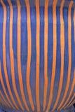 Superfície cerâmica vitrificada feito a mão da quebra da textura da arte da cerâmica, azul fotos de stock royalty free