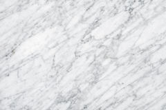Superfície de mármore branca da luz natural de Carrara para o banheiro ou o kitch foto de stock