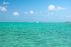 Superfície e horizonte do oceano Fotos de Stock Royalty Free