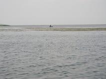 Superfície lisa da água Imagem de Stock