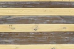 Superfície listrada de placas de madeira pintadas, textura fotografia de stock royalty free