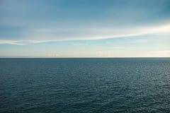 Superfície sem emenda do oceano do teste padrão da opinião do seascape do cenário com beauti Fotos de Stock Royalty Free