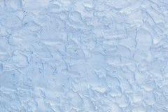 Superficie azul clara hecha de las técnicas de pincel ásperas del yeso como fondo fotos de archivo libres de regalías