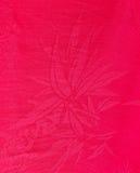 Superficie china roja de la tela de seda Imagenes de archivo