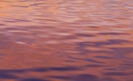 Superficie colorida del agua Foto de archivo libre de regalías