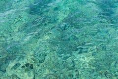 Superficie de la agua de mar del Caribe de la turquesa fotos de archivo libres de regalías