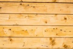 Superficie de madera marrón clara de los tablones, de la pared, de la tabla, del techo o del piso Foto de archivo libre de regalías