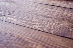 Superficie de una tabla de madera desde un punto de vista anguloso Textura natural Concepto de ecología y de decoración natural imagen de archivo