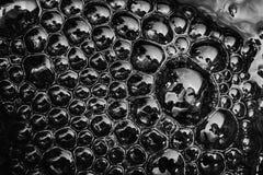 Superficie del agua con las burbujas Imagenes de archivo