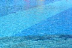 Superficie del agua de la piscina Imagen de archivo