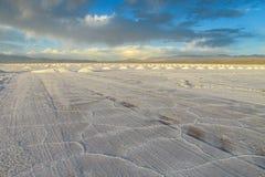 Superficie del lago di sale di Uyuni fotografia stock libera da diritti