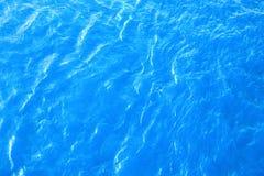 Superficie dell'acqua blu Fotografia Stock